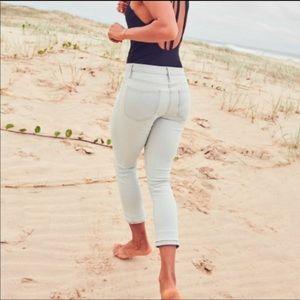 NWT Athleta Sculptek Skinny Crop Jeans